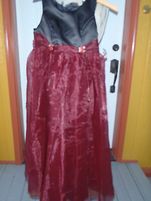 Girls Sz 9-10  bridal formal flower girl black/burgundy