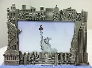 New-York-City-Picture-Frame-with-Statue-of-Liberty-and-Empire-State-Building-NYC
