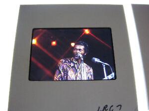 Chuck-Berry-RARE-orig-35mm-slides-on-stage-Rock-Legend