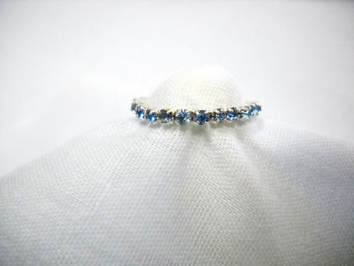 NEW DAZZLING BABY BLUE COLOR AUSTRIAN CRYSTAL STRETCH TOE RING FOOT JEWELRY