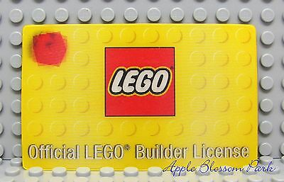 NEW Lego Minifig Official LEGO BUILDER LICENSE -Yellow Party Favor Hologram Card