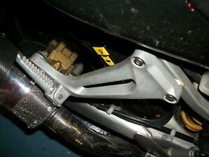 HONDA-98-VTR1000-SUPERHAWK-RIGHT-REAR-PEG-BRACKET