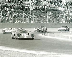 Vintage-8-X-10-Auto-Racing-Photo-1970-Daytona-24-Ferrari-312P-amp-Others