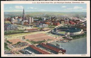 CLEVELAND-OH-OHIO-9th-Street-Pier-amp-Municipal-Stadium-Vintage-Aerial-Postcard-PC