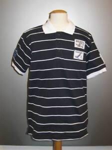 E11-wunderschoenes-Polo-Shirt-T-Shirt-mit-Knopfleiste-BOY-Gr-140