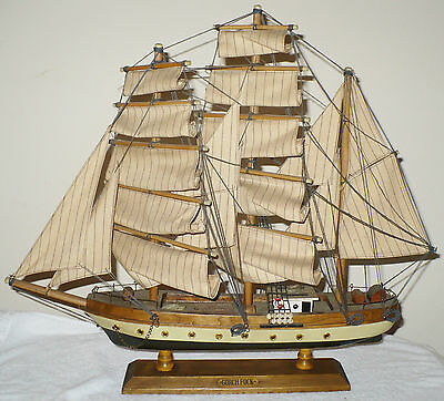 "VINTAGE WOOD MODEL SHIP BOAT "" GORCH FOCK ""  ASSEMBLED"