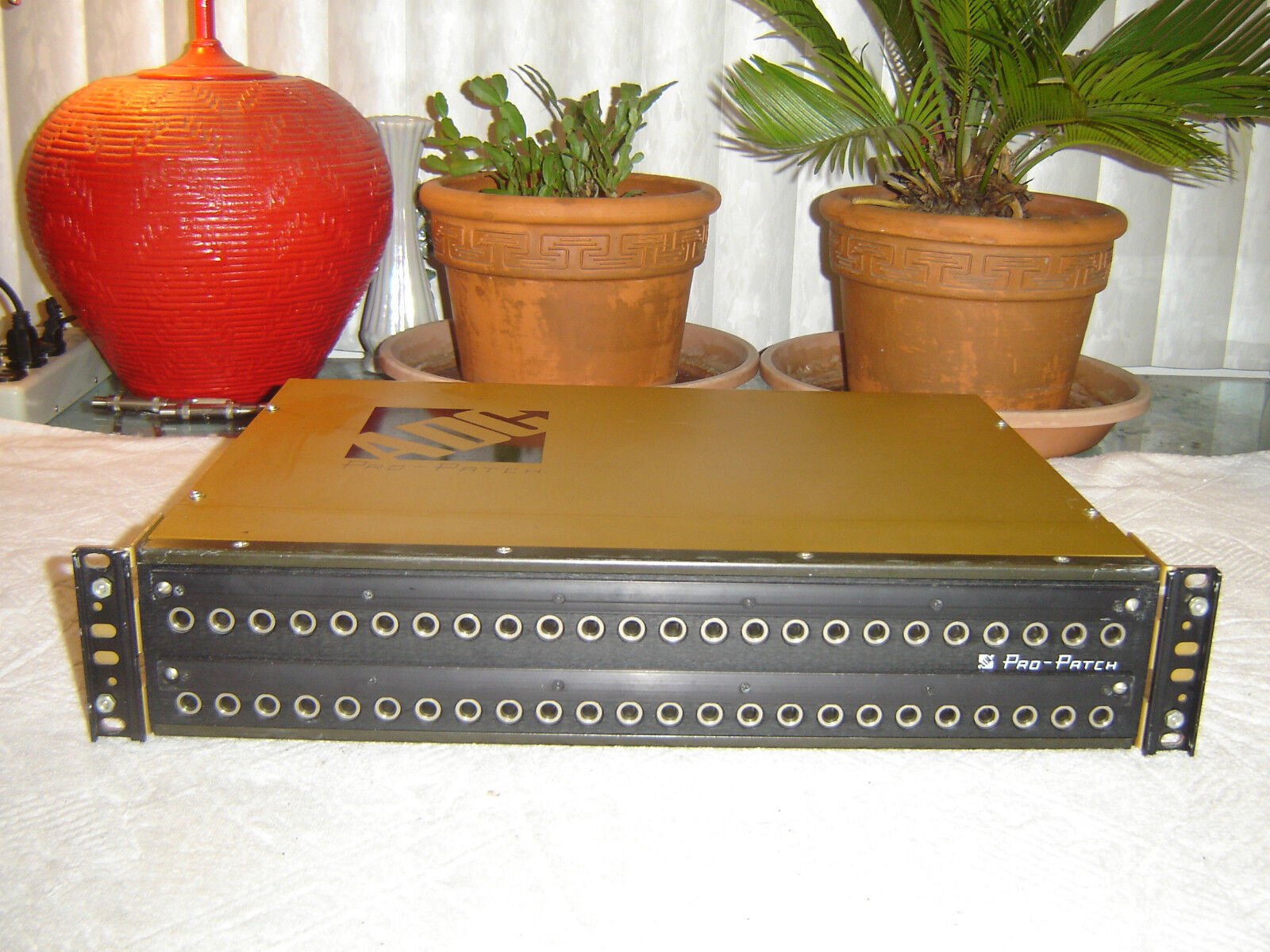 ADC Pro Patch P N 4-26170-0030, 48 Point Patch Bay, Vintage Rack