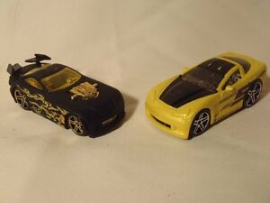Pair-of-Tooned-039-Hot-Wheels-Mercy-Breaker-Flate-Black-amp-2005-Corvette-Yellow