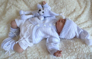 KNITTING-PATTERN-TO-MAKE-039-WILL-AND-TED-039-BABY-REBORN