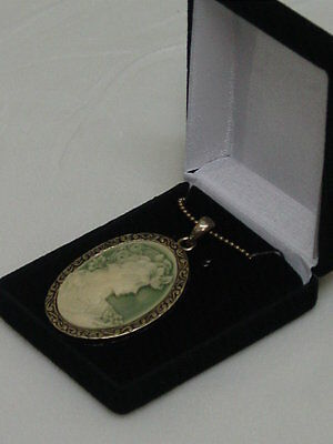 cameo necklace pendant in Black velvet gift box  antique gold green cameo figure