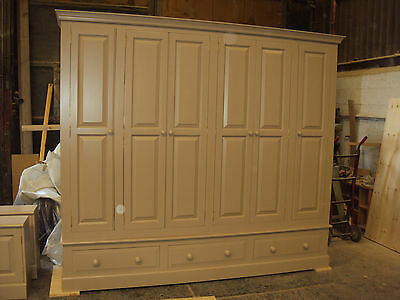 9ft Painted Bespoke 6 Door Wardrobe with 3 drawers
