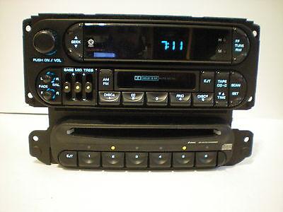 DODGE INTREPID/NEON/STRATUS(4DR SEDAN)IN-DASH 6 DISC CD CHANGER/PLAYER-NO RADIO