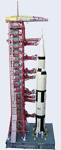 Saturn-V-Launch-Umbilical-Tower-LUT-Model-Kit-1-96-Revell