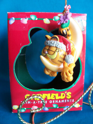 Paws 20 years of Garfield Ornament 1996 Garfield on Moon In Box