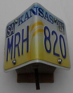 Vogelhaus-Nistkasten-mit-original-US-Nummernschild-Typ-Kansas