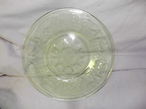 Vintage-Anchor-Hocking-Ballerina-Cameo-depression-glass-8-034-plates-MINT