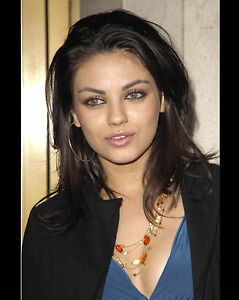MILA-KUNIS-8X10-PHOTO-PIC-PICTURE-HOT-SEXY-EYES-CANDID-4