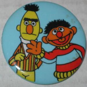 Bert-amp-Ernie-Pin-2-Approx-1-5-034-Has-Spots