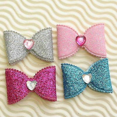 "US SELLER - 20 pcs  x (1 3/8"") Glittered Felt Bow Padded Appliques w/Heart ST589"