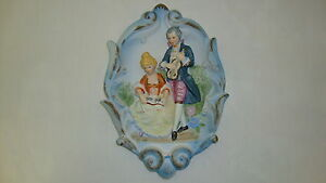 Vintage-Hand-Painted-Victorian-Hanging-Wall-Plaque-3-Dimensional-9-3-4-x7-x1