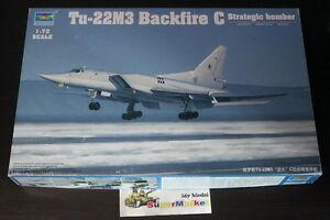 Trumpeter-1-72-01656-Tu-22M3-Backfire-C