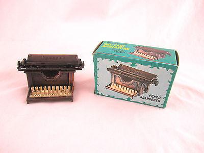 Miniature Renington Typewriter diecast doll house furniture pencil sharpener