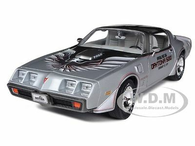 1979 PONTIAC FIREBIRD TRANS AM DAYTONA 500 PACE CAR 1/18 BY GREENLIGHT 12848