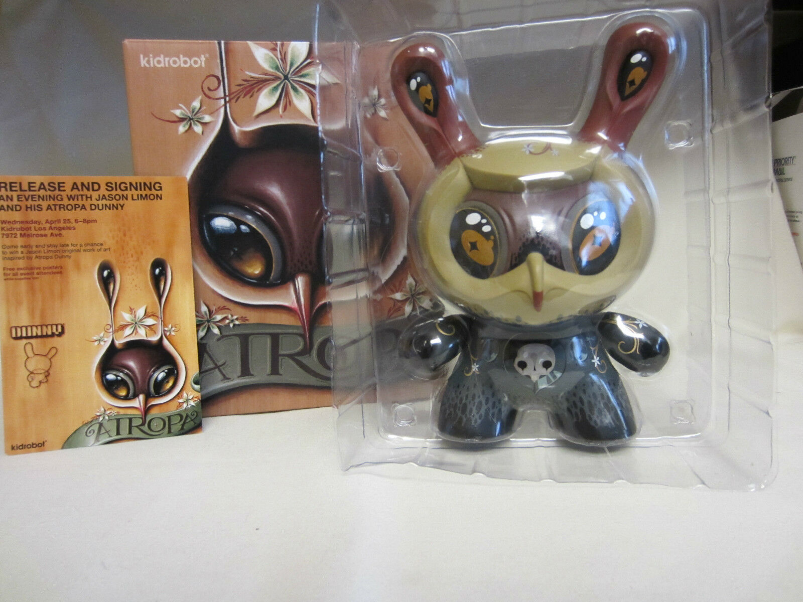 Kidrobot Dunny 8  Atropa Jason Limon SIGNED  postcard NEW In BOX