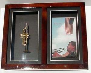"""5""""x7"""" wood photo frame with Trumpet"""