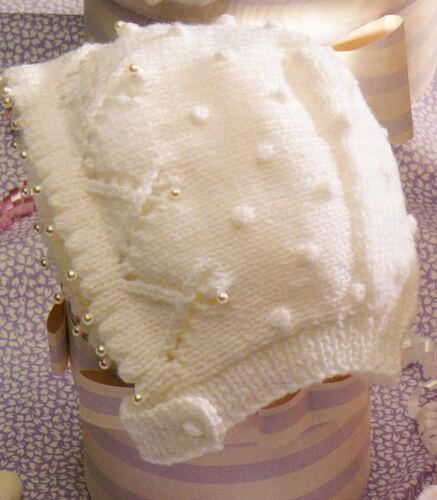0-2 yrs Beautiful Pattern DK /& 4 Ply Christening Baby Bonnets To Knit