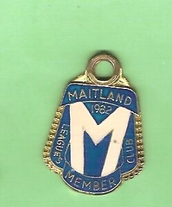 RUGBY-LEAGUE-CLUB-MEMBER-BADGE-MAITLAND-1982-4215