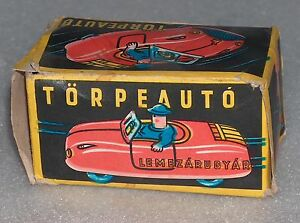VINTAGE-TORPEAUTO-FRICTION-TIN-TOY-CAR-IN-ORIGINAL-PAPER-BOX-HUNGARY-1980