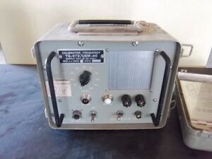 Vintage-AN-USM-45-CALIBRATOR-FREQUENCY-SUPPLY-115V-10-50-440