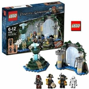 Lego Pirates Of The Caribbean Fountain Of Youth 4192 Ebay
