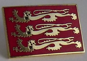 Three-Lions-England-Badge-Enamel-England-pin-badge-Richard-the-Lionheart-Lions