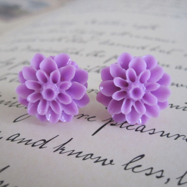 Colour Block Carved Dahlia Flower Stud Earrings. Vintage Retro Style. With Box!!