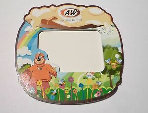 A-amp-W-Wooden-PHOTO-FRAME-Garden-Scene-MALAYSIA-More-then-the-usual-1998-RARE