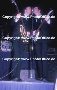 Beatles-Toronto-1965-rare-12-x-8-concert-photo-poster-John-Lennon-Paul-McCartney