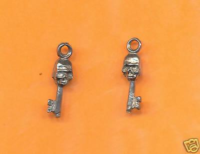 20 wholesale lead free pewter skeleton key charms 1169