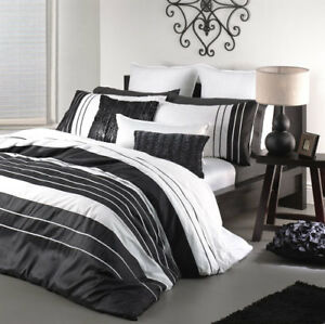 Black Duvet Covers: Find a duvet to create a new style for your room from fabulousdown4allb7.cf Your Online Fashion Bedding Store! Get 5% in rewards with Club O! Coupon Activated! Eddie Bauer Mountain Plaid Black and Off-White Duvet Cover Set. 41 Reviews. SALE ends in 2 days. Quick View.
