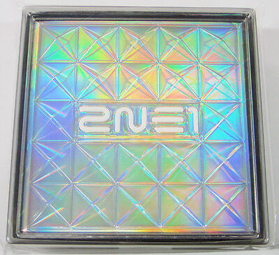 2NE1 - 2NE1 (1st Mini Album) CD+Free Gift