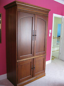 hooker entertainment center armoire tv television cd dvd. Black Bedroom Furniture Sets. Home Design Ideas