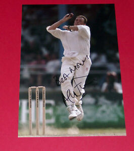 ANGUS-FRASER-ENGLAND-CRICKET-SIGNED-12X8-PHOTO