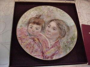 Sayuri-amp-Child-Royal-Doulton-Collector-Plate-ES18-75