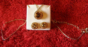 AVON-NECKLACE-amp-EARRING-SET