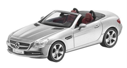 Superbe Mercedes-Benz SLK 2011-argent métallique  1 43  bonnes offres