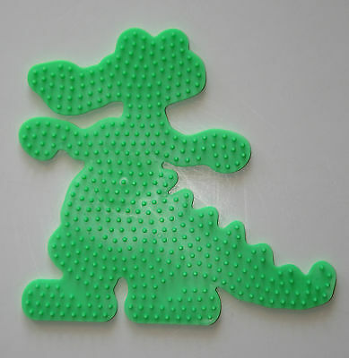 ~ CROCODILE/ALLIGATOR  Hama / Perler Bead Pegboard