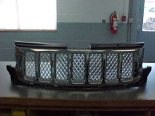 2011-2013 JEEP GRAND CHEROKEE CHROME GRILLE