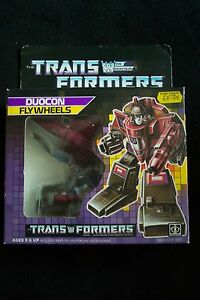 VINTAGE-1986-TRANSFORMERS-DUOCON-FLY-WHEELS-BOXED-BY-HASBRO