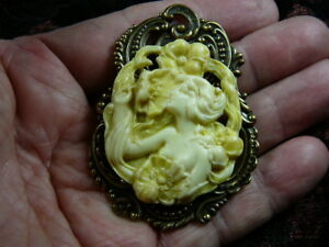 CM154-3-WOMAN-flower-flowers-GARDEN-CAMEO-Pin-Pendant-Jewelry-brooch-necklace